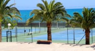 Resorts With Tennis